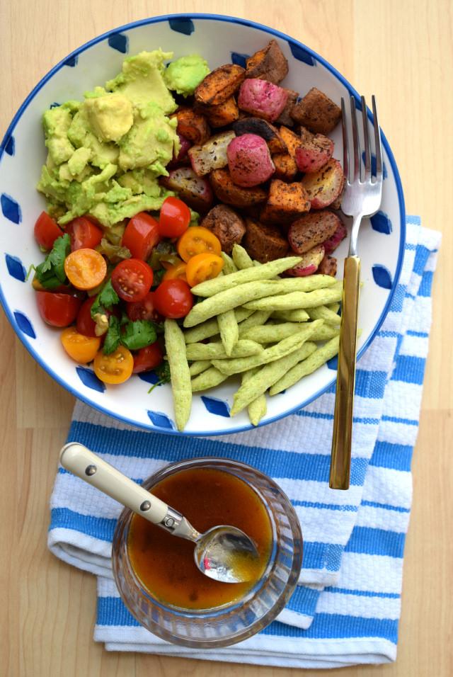 Mexican Roasted Sweet Potato, Radish & Tomato Bowl | www.rachelphipps.com @rachelphipps