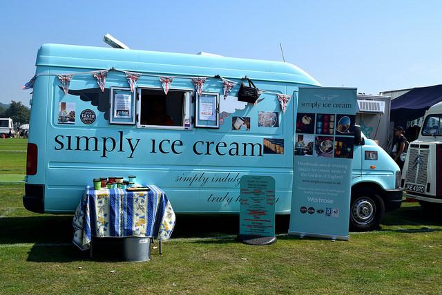 Simply Ice Cream at We Love Hythe Food Festival   www.rachelphipps.com @rachelphipps