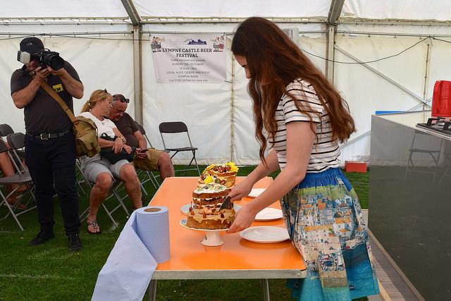 Judging the Cake Off at We Love Hythe Food Festival   www.rachelphipps.com @rachelphipps