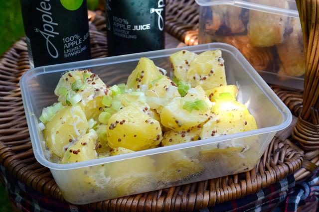 The Only Potato Salad Recipe You'll Ever Need | www.rachelphipps.com @rachelphipps
