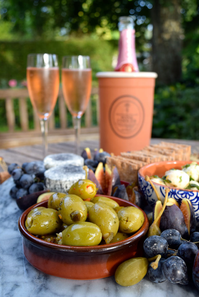 Olives & Pink Champagne | www.rachelphipps.com @rachelphipps
