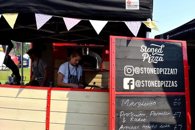 Stoned Pizza at We Love Hythe Food Festival   www.rachelphipps.com @rachelphipps