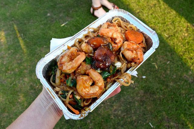 Pad Thai at We Love Hythe Food Festival   www.rachelphipps.com @rachelphipps