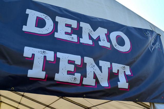 Demo Tent at We Love Hythe Food Festival   www.rachelphipps.com @rachelphipps