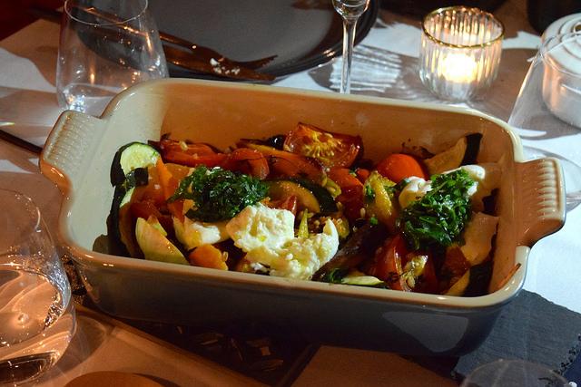 Farro, Roasted Veggies & Mozzarella   www.rachelphipps.com @rachelphipps