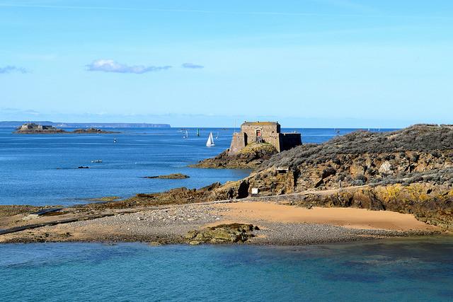 St. Malo Coast   www.rachelphipps.com @rachelphipps