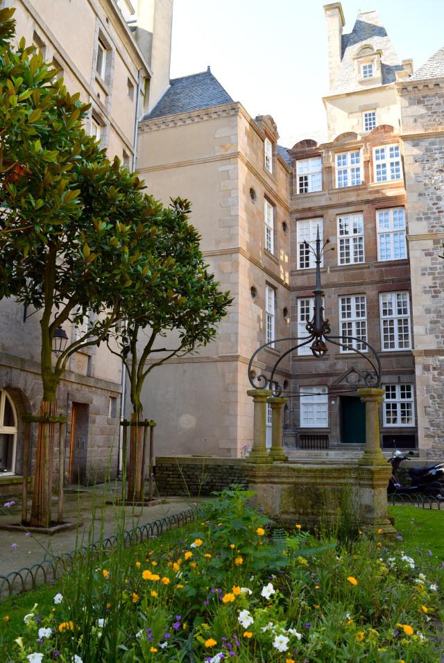 City Square in St. Malo   www.rachelphipps.com @rachelphipps