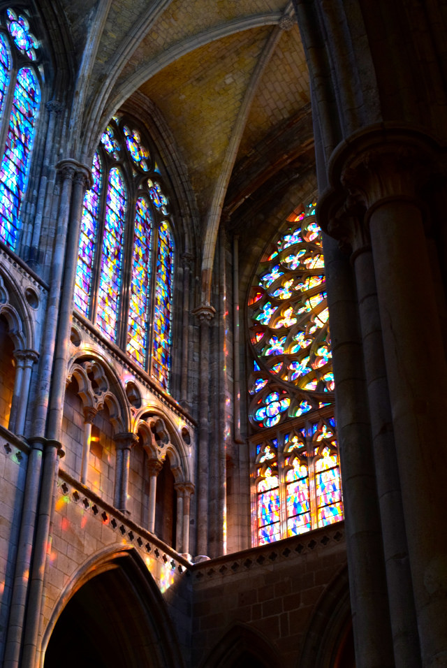 Stained Glass in St. Malo Cathedral   www.rachelphipps.com @rachelphipps
