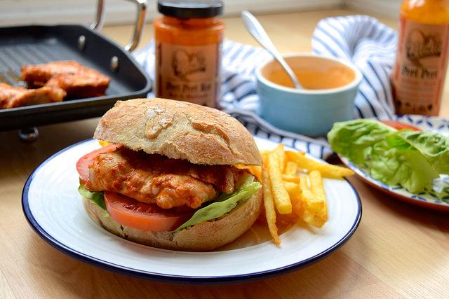 Cheeky Peri Peri Chicken Burgers #recipe #diy #burger #periperi #chicken #weeknight   www.rachelphipps.com @rachelphipps