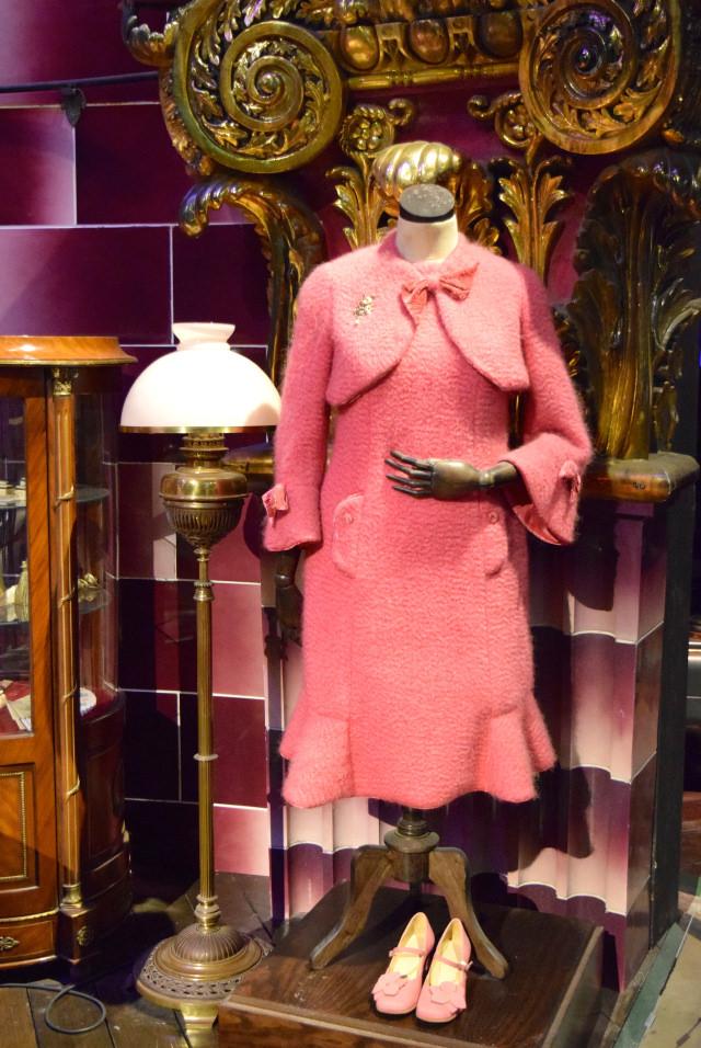 Umbridge's Outfit at the Harry Potter Studio Tour, London | #harrypotter www.rachelphipps.com @rachelphipps