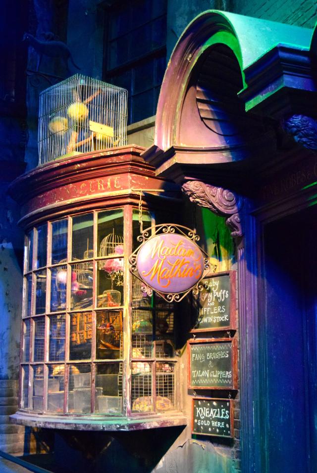 Madam Malkins at the Harry Potter Studio Tour, London | #harrypotter www.rachelphipps.com @rachelphipps