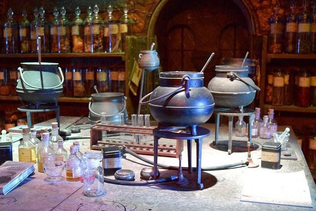 Potions Classroom at the Harry Potter Studio Tour, London | #harrypotter www.rachelphipps.com @rachelphipps