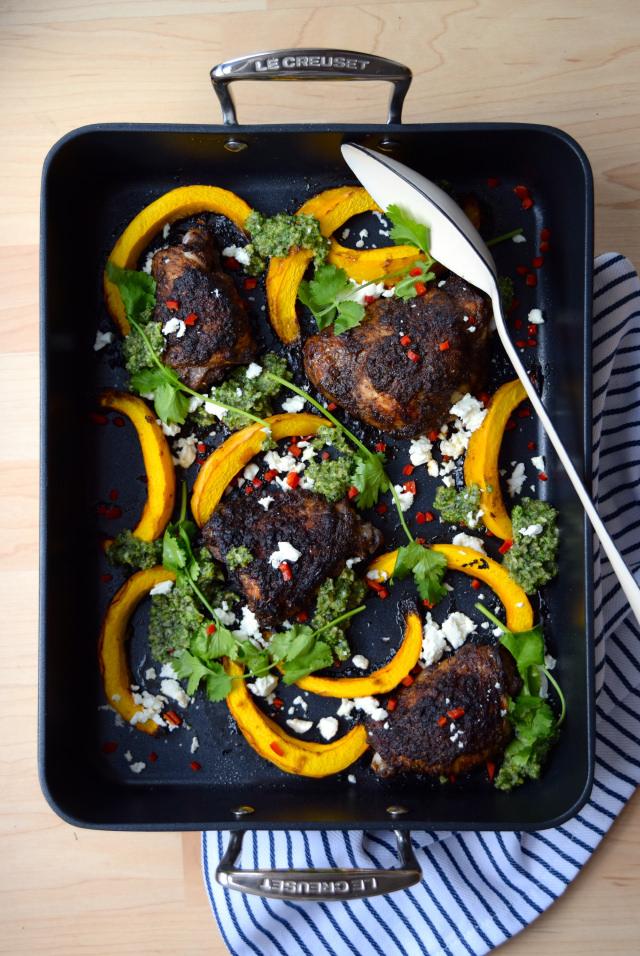 Mexican Chicken with Pumpkin & Coriander Pesto #chicken #pumpkin #onepan #pesto #feta #chilli #roast #lecreuset | www.rachelphipps.com @rachelphipps