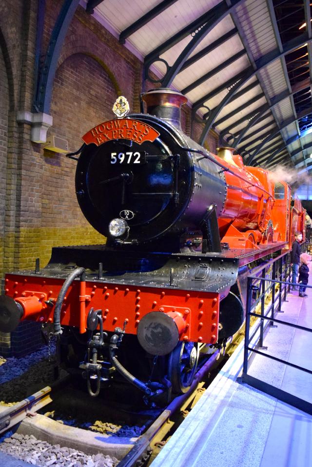 The Hogwarts Express at the Harry Potter Studio Tour, London | #harrypotter www.rachelphipps.com @rachelphipps