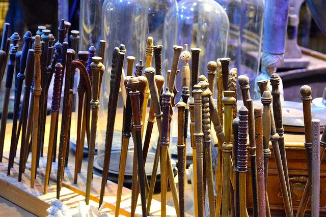 Wands at the Harry Potter Studio Tour, London | #harrypotter www.rachelphipps.com @rachelphipps