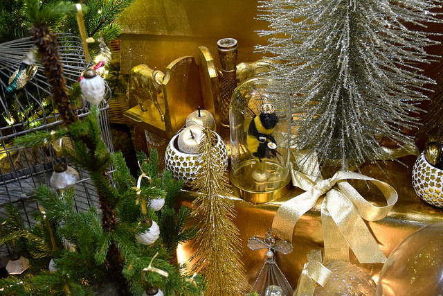 Details of Queen Bee Home's Christmas Windows, Canterbury #christmas