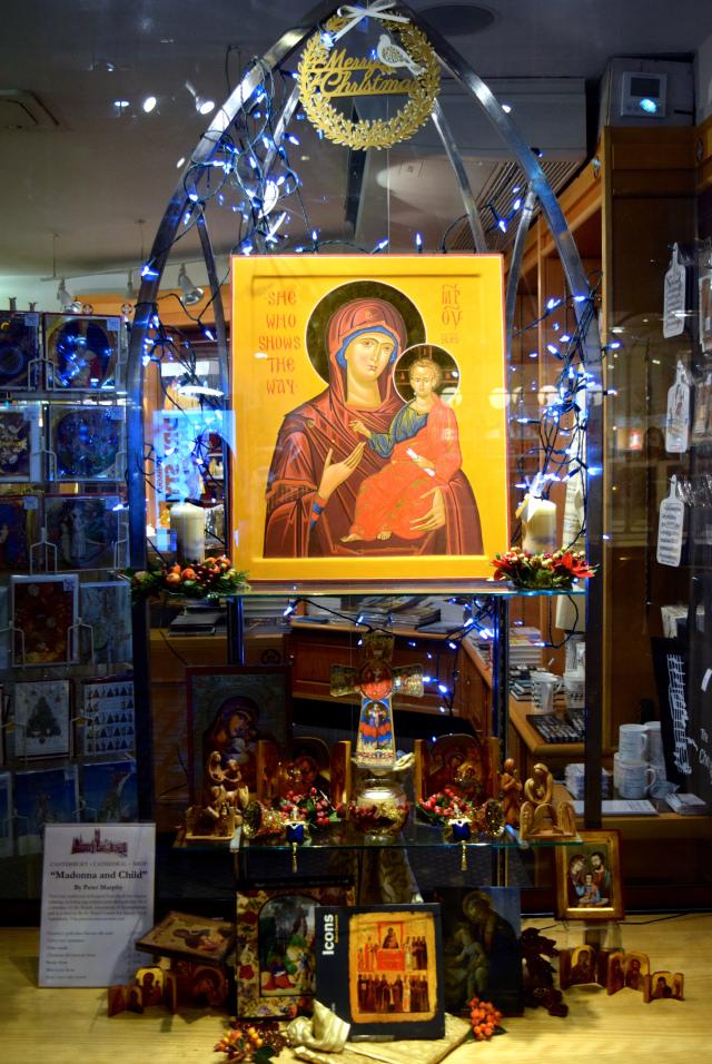 Canterbury Cathedral Shop Christmas Windows, Canterbury #christmas