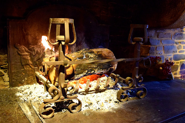 Open Fire at Auberge de la Cour Verte, Dol de Bretagne #france #brittany #openfire #cozy #hygge