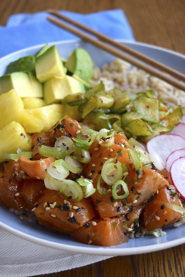 How To Make A Salmon Poke Bowl #poké #salmon #fish #healthy