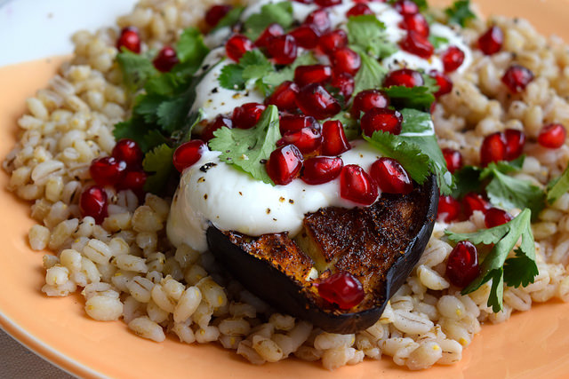 Middle Eastern Spiced Aubergine with Barley, Greek Yogurt & Pomegranate #aubergine #eggplant #middleeastern #barley #pomegranate #yogurt