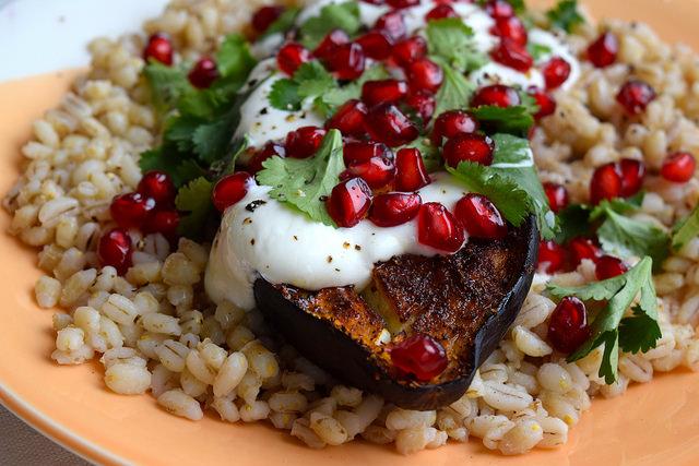 Middle Eastern Spiced Aubergine with Barley, Greek Yogurt & Pomegranate #aubergine #eggplant #middleeastern #barley #pomegranate #yogurt