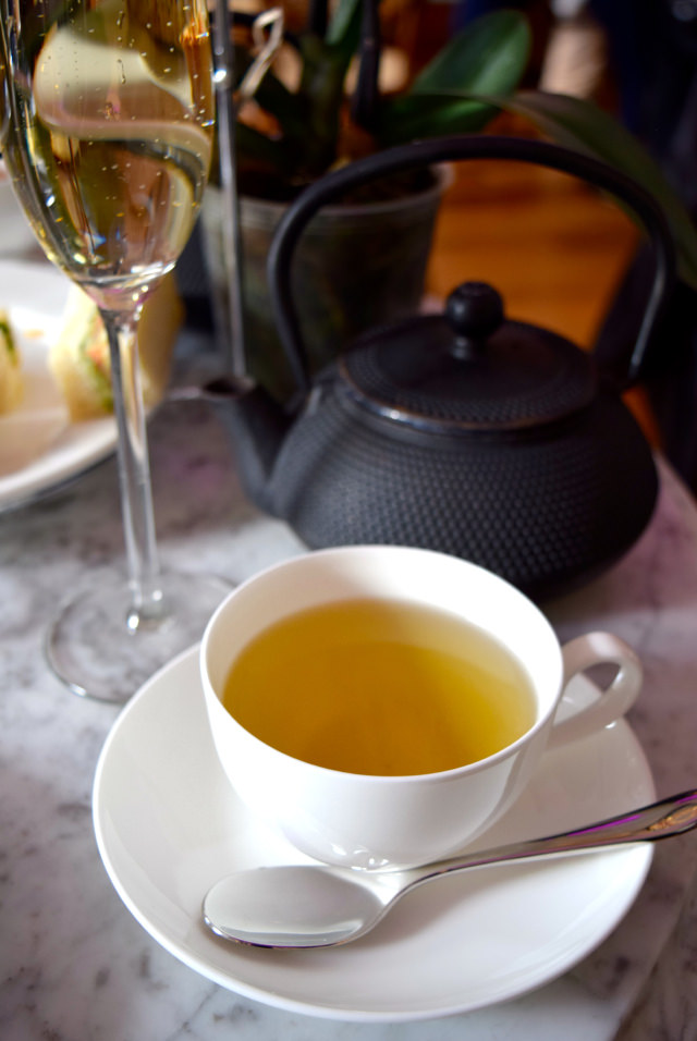 Jasmine Pearl Tea at Kew Gardens #afternoontea #tea #jasminetea #kewgardens #london