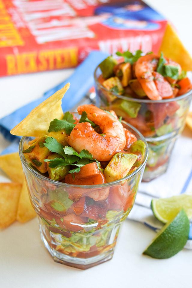 Mexican Prawn Cocktails + Rick Stein's Road To Mexico #prawn #shrimp #prawncocktail #shrimpcocktail #mexican #tomato #avocado #chipolte