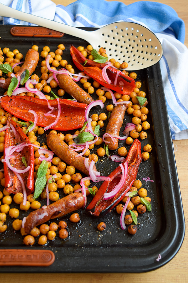 One Pan Merguez with Red Peppers & Crispy Chickpeas #onepan #sheetpan #dinner #lamb #merguez #pepper #chickpeas