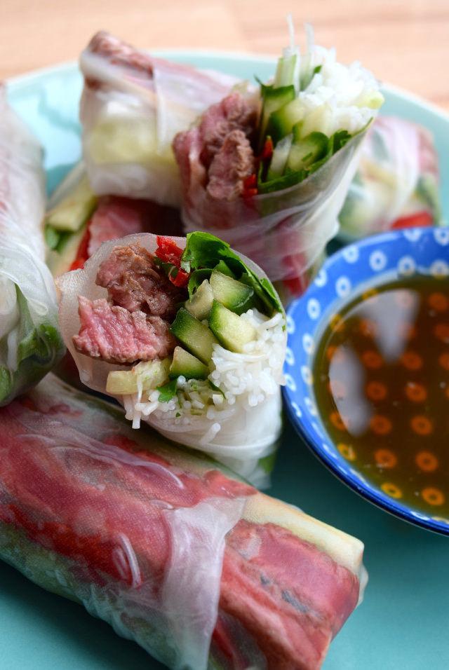 Vietnamese Steak Salad Summer Rolls #summerrolls #vietnamese #steak #steaksalad #streetfood