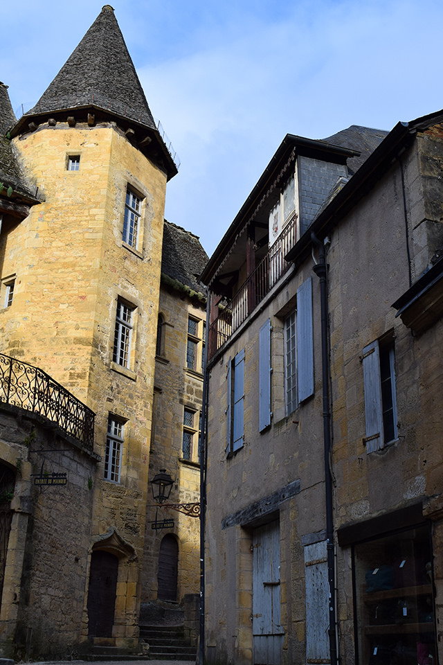 Sarlat, South West France #sarlat #france #dordogne #perigord