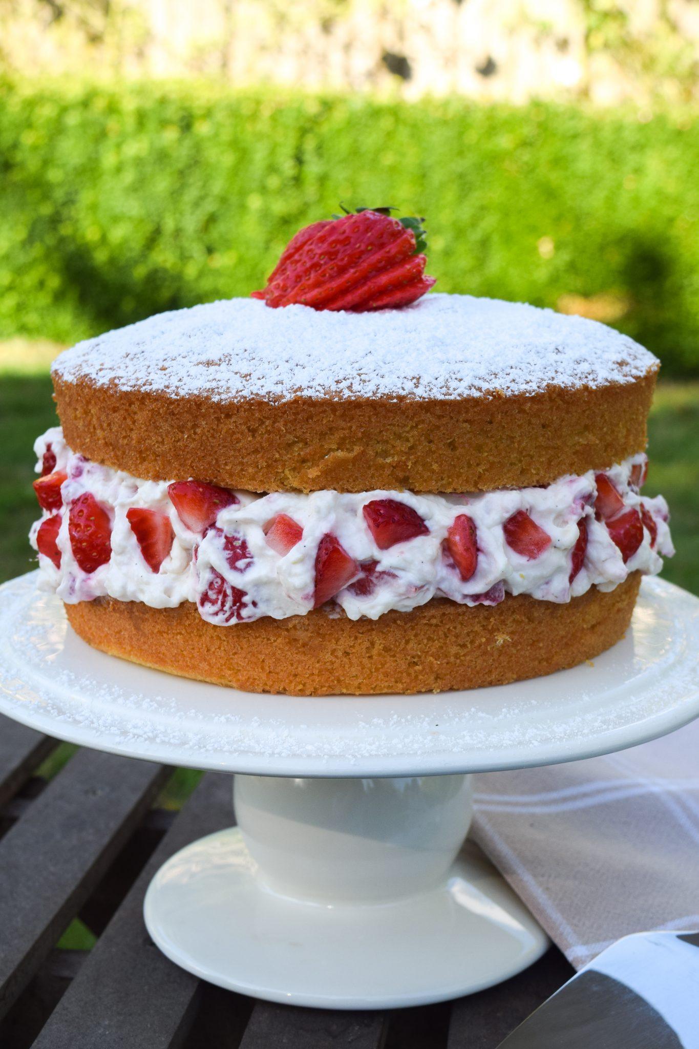 Vanilla sponge cake with strawberry buttercream